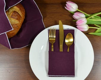 Burgundy Linen Dinner Napkins, set of 4 // Linen Napkins // Easter Napkins // Wedding Napkins // Surged Edge Napkins
