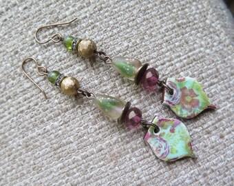 pink and green earrings, gold and pink earrings, flower earrings, romantic earrings, feminine earrings, spring earrings, long green earrings