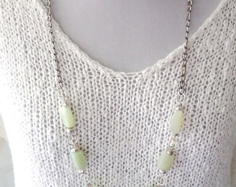 Long chain necklace, long jade necklace, jade nuggets pastel green, large nuggets, natural stone beads, long boho necklace, jade jewelry