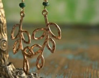 Earrings, goldplated twig with Emerald, free shipping