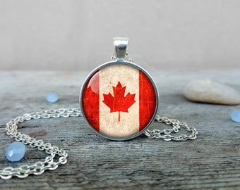 Canada Flag Pendant Vintage Canada Flag Necklace Silver Jewelry Gift Keyring Canadian Flag Maple Leaf CS86