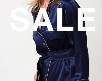 SALE - Women's 100% Silk Pyjama Set - Long Pyjama Set - Pure Silk Pajamas - Perfect Christmas Gift for Her - Handmade - Navy Blue Colour