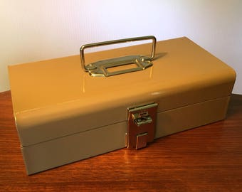 Vintage Buddy Products steel metal cash box with coin tray