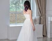 Heather -  bridal tulle skirt  / white tulle skirt / bridal skirt / soft tulle skirt / A line bridal skirt / airy tulle skirt