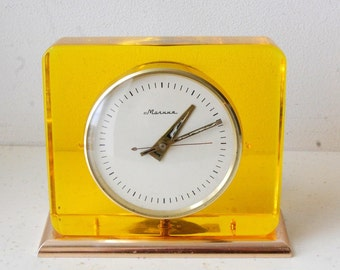 Soviet Mantle Clock MOLNIYA MOLNIA MOLNIJA Vintage Working Table Clock Plexiglass Case Transparent Case Russian Desk Clock Orange Clock 60s