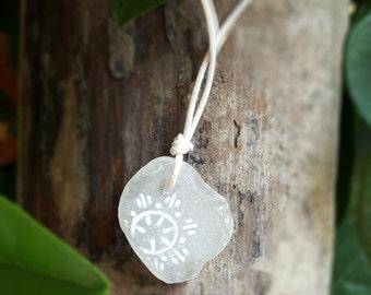 "Sea Diamond ""Bellsund"" | sea glass pendant; ca. 2,2 x 2,5 cm"