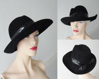 70s Black Felt Hat With Vinyl Hatband // Size 55