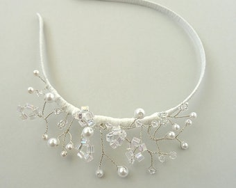 "Delicate beaded bridal headband ""Sabine"""