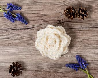 Cream crochet brooch, Crochet brooch, rose lapel pin, shawl pin brooch, crochet scarf pin rose brooch, Flower Brooch, Handmade Gift for her