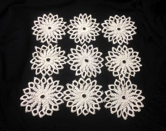 9 Pieces of Tatting, Tatted Floral Pattern with Eye-Catching Texture and Style, 4 inches across