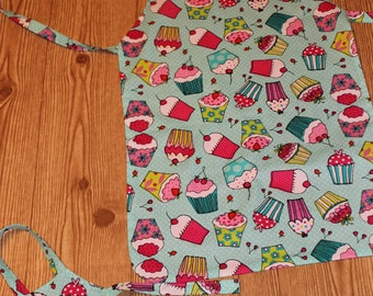 Child and Doll matching apron set (can be personalized) Set of 2
