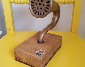 Bluetooth 'Gramophone' brass horn speaker