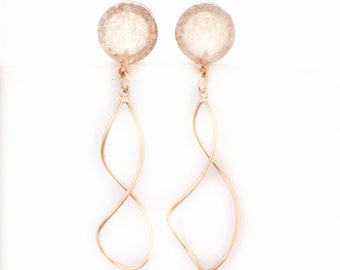 Pearl Crushed Glass Dangle Rose Gold Plugs /16g, 10g, 8g, 6g, 4g, 2g, 0g, 00g, 1/2, 9/16, 5/8in / glass and rose gold gauges / wedding plugs