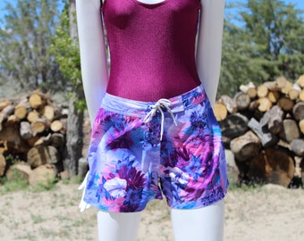 90's Vintage Purple & Pink Tropical Swim Shorts (Women's Size Medium)