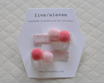 Pompoms hair clip COTTON CANDY poms. Hand made pair of flat barrettes with two pompoms. Barrettes à pompons