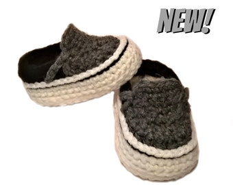 """Free Shipping - """"Vans"""" Inspired Crocheted Baby Booties - Gray- Crib Shoes - Boys"""