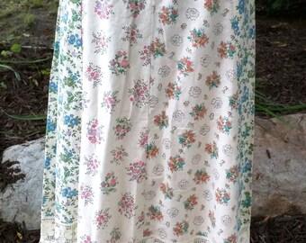 Vintage 1970s Floral Lace Prairie Hippie Long Skirt BOHO Maxi Peasant Patchwork