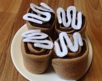 Roll Your Own Felt Play Food Cinnamon Rolls