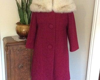 Vintage 1960's Fur Collar Classics Coat/Cranberry Fox Fur collar coat/Red Vintage  Fur coat/Vintage Winter Coat/