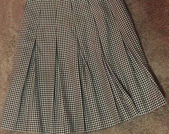 Vintage Saks Fifth Avenue Black/White Medium Length Plaid Skirt Size 8