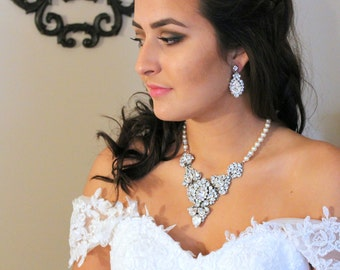 Bridal necklace, Bridal jewelry, Swarovski necklace, Wedding necklace, Statement necklace, Rhinestone necklace, Couture Pearl necklace