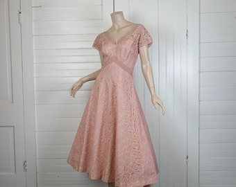 50s Lace & Velvet Dress in Rose Pink- 1950s Formal / Wedding Dress- Peach- Bow