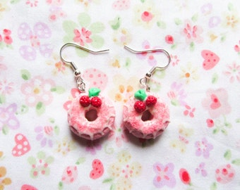 Strawberry Donut/Doughnut Earrings, Polymer Clay, Food Earrings, Cute Earrings, Kawaii Earrings, Sweet Lolita