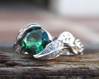 18k gold Leaf Ring, Emerald Leaf Engagement Ring, Emerald Engagement Ring, Leaf Ring, Leaf Ring With Emerald, Wedding Floral Green Leaf Ring