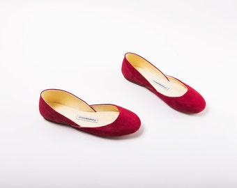 The Nubuck Leather Ballet Flats | The Perfect Summer Flat Shoes in Cherry Red
