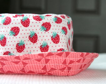 girl's bucket hat, strawberry pinwheels, reversible, 5 sizes