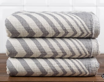 Zigzag Towel, Bath Towel, Turkish Towel, Peshtemal, Hammam Towel, Dark Gray