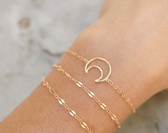 Love You To The Moon Bracelet   -   gold crescent moon bracelet - dainty bracelet