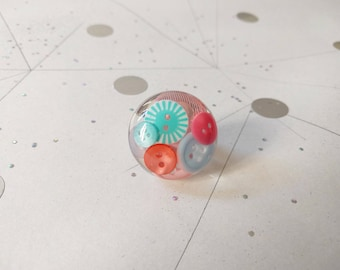 War of the buttons - pastel colors ring
