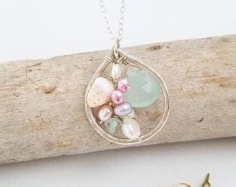 Dainty Hawaiian shell necklace - Beach jewelry by Tide pools, OOAK shell jewelry, beach wedding accessories, bridesmaid necklace, Hawaii