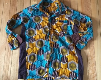 Vintage 1980s Boys Geometric Button Down Shirt Top! Size 6-7