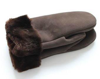 Brown sheepskin mittens