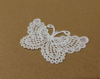 CraftbuddyUS 4 Vintage White Large Butterfly Lace Motifs Patches Sewing Sew on Stick on
