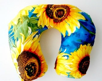 Sunflower neck pillow, sunflower travel pillow, gift for her, airplane pillow, travel accessory, pillow with sunflowers, gift for gardener