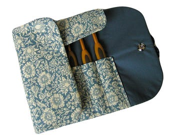 Handmade crochet hook case, organiser, holder, crochet hook storage, William Morris Mallow Blue
