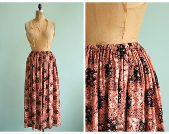 Vintage Handmade Skirt From 40's Novelty Print Fabric | Size Medium