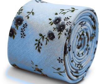 Frederick Thomas 100% cotton tie in pale light blue with floral design FT3352