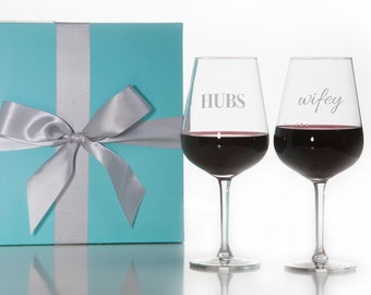 Set Of 2 HUBS and Wifey Stemmed Wine Glasses / Red Wine Glass / White Wine Glass / Wedding Gift / Couples Gift / Packaged in Gift Box