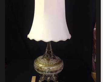 "Vintage Hollywood Regency Victorian Style Table Lamp Gold acream - with Shade ""a"""