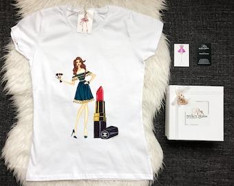 White stylish Fashion T shirt - Trendy tshirt for bloggers -Designer T-shirt - Make-up artist
