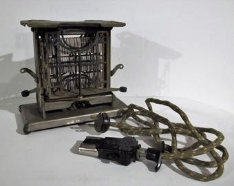 Antique And WORKING 1906 Landers Frary & Clark Universal Swinger Toaster - Free Shipping!!!