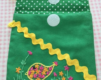 "Embroidery kit tomake a bag ""Cheeky Chick"" using Chain stitch"