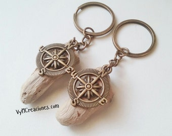 Keychain pink of them winds wood from the sea. Driftwood Key chain