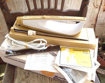 Electric Knife Scovill Switchable Carving with Hanging Storage Tray Harvest Gold