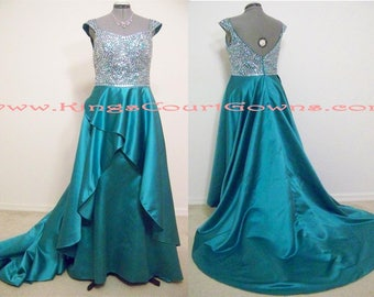Replica Emerald Green Beaded Satin Trumpet Gown with Waterfall Overskirt Court Train Prom Evening Pageant Dress Gown