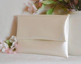 Ivory bridesmaid clutch - personalized handbag - white monogram clutch - color block fold over clutch - gift for her - wedding clutches